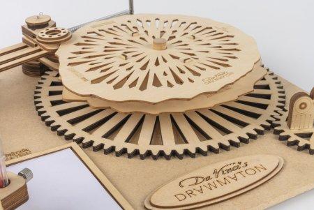 Da Vinci's Drawing Machine - The Robot