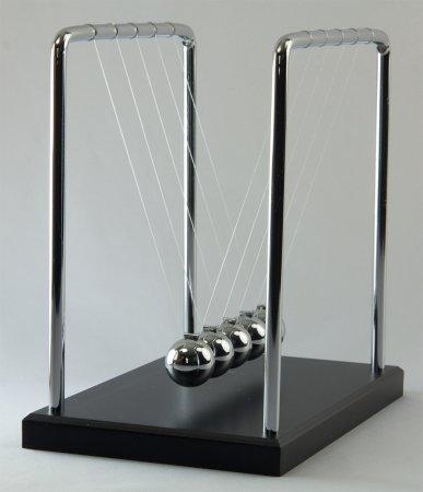 """Newton's Cradle, 7.0"""""""